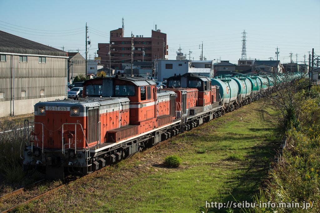 第72列車 DD51-853+DD51-892